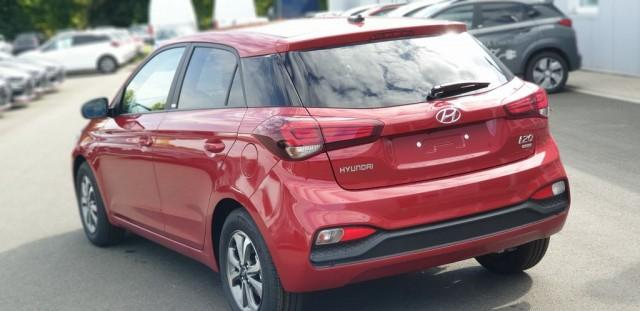 Hyundai i20 1.2 Benzin 84PS Sonderedition Advantage - Bild 2