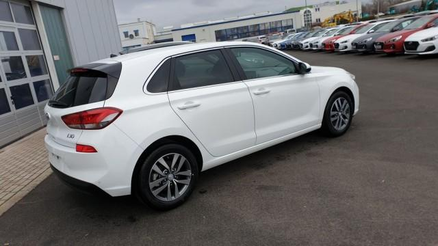 Hyundai i30  1,0Turbo-GDI Intro Edition LED-Paket - Bild 3
